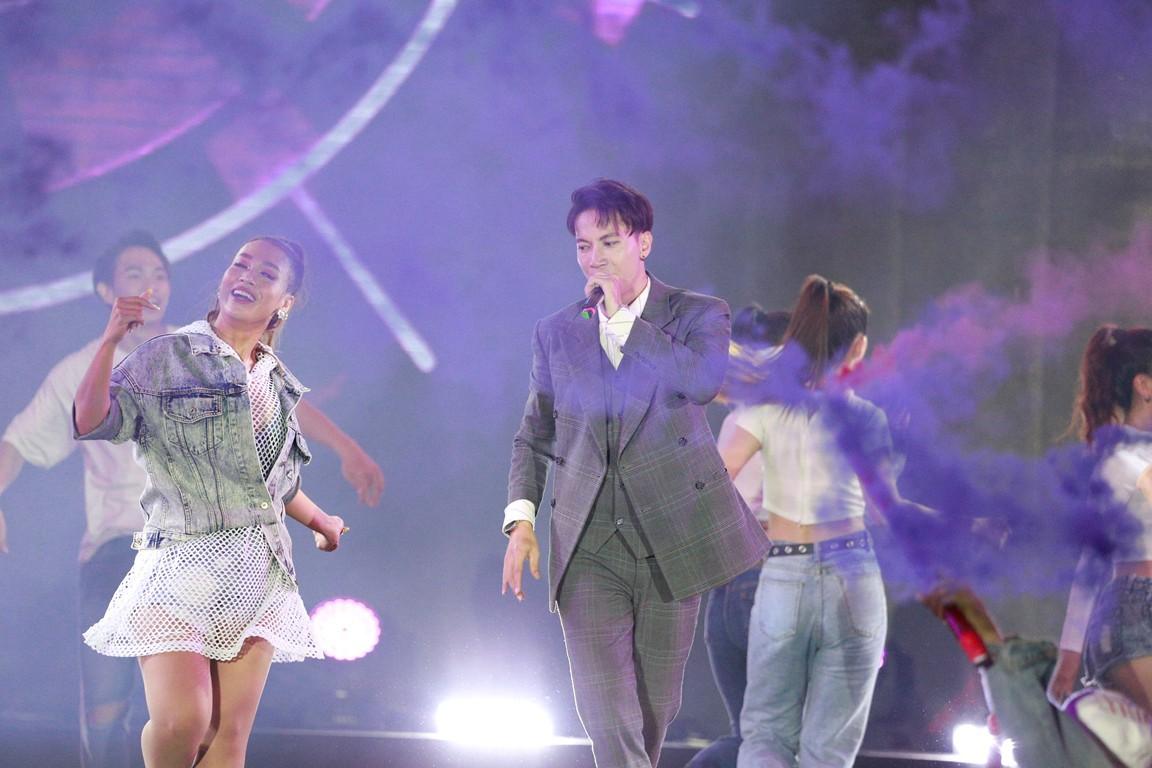 """Hành trình về đích của quán quân cuộc thi Flashmob 2019 - """"Sóng tuổi trẻ"""" - Ảnh 3."""