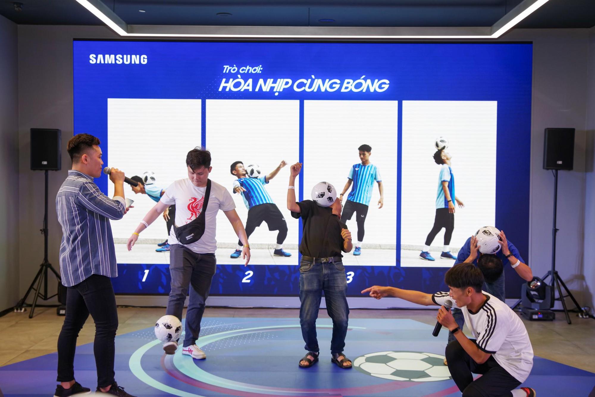 """""""Phù thủy tâng bóng"""" Phạm Trọng Thy khuấy đảo Samsung Showcase - Ảnh 6."""
