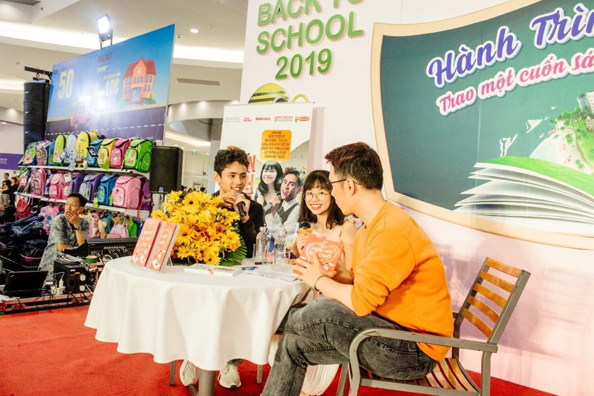 """AEON MALL Tân Phú Celadon """"trao tặng tương lai"""" cho trẻ em nghèo với hành trình quyên góp 5000 cuốn sách - Ảnh 4."""