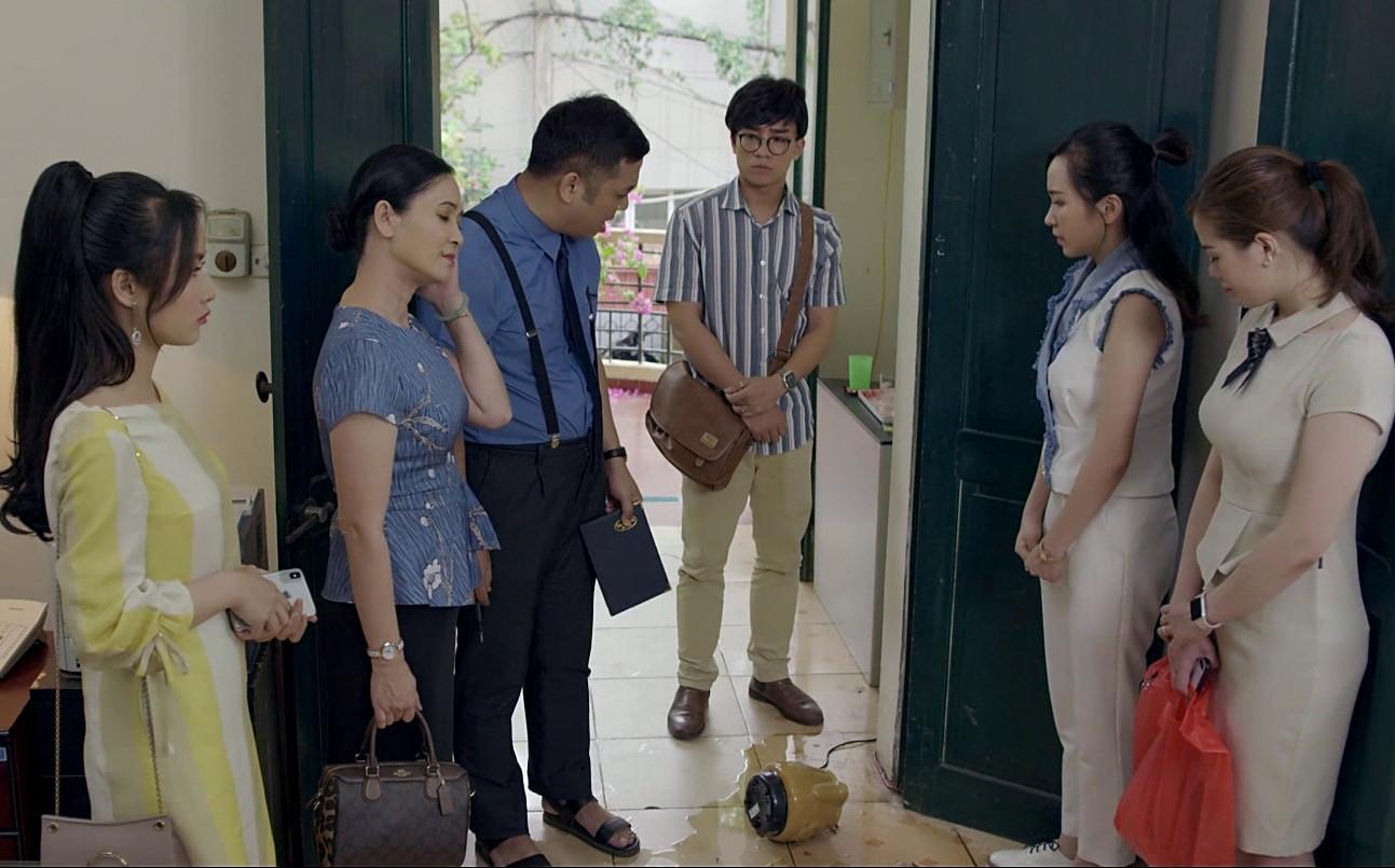 """Áp lực của bộ phim """"Những nhân viên gương mẫu"""" nối sóng sau khi """"Về nhà đi con"""" kết thúc - Ảnh 3."""