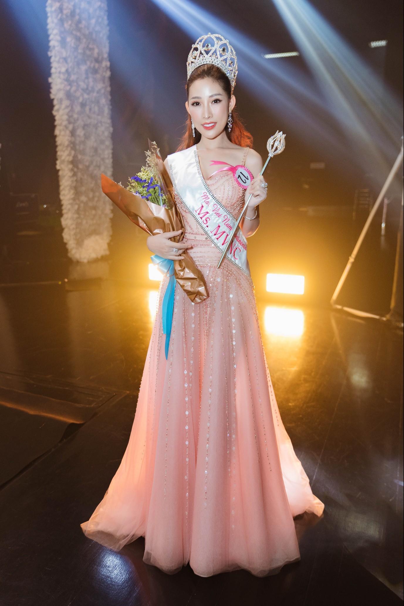 Người đẹp 9X đăng quang Hoa hậu Phụ nữ Thế giới Người Việt tại Thái Lan - Ảnh 1.
