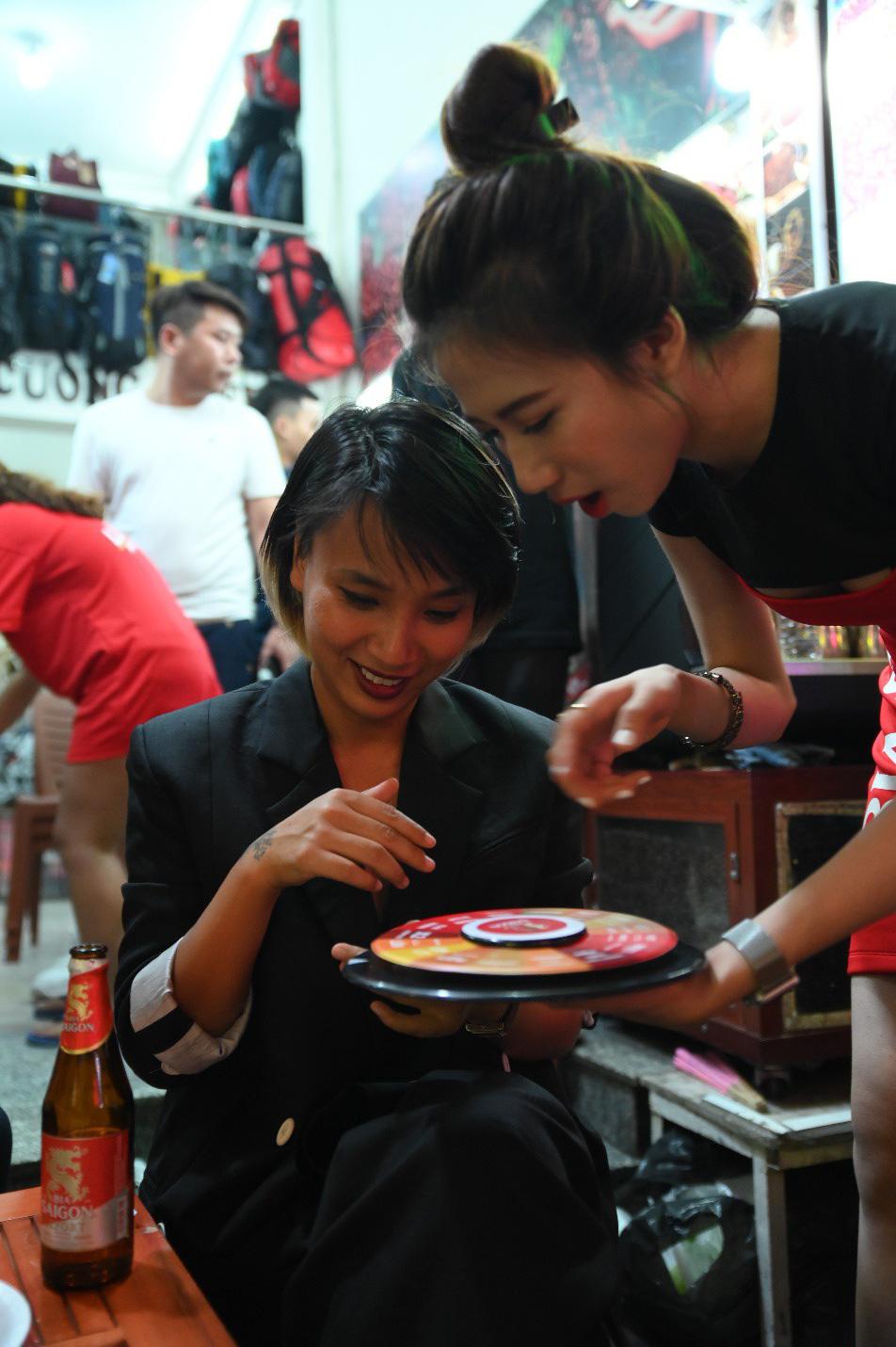 """Hàng nghìn bạn trẻ """"quẩy"""" hết mình tại sự kiện hoành tráng nhất tháng 8 mang tên """"Đêm Sài Gòn"""" - Ảnh 6."""