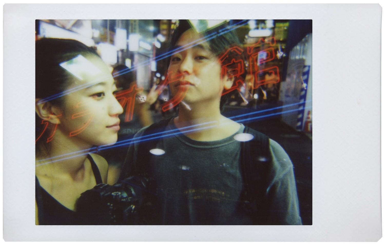"""Trào lưu máy ảnh in liền """"gây sốt"""" trở lại với sự xuất hiện của thương hiệu Lomography - Ảnh 2."""