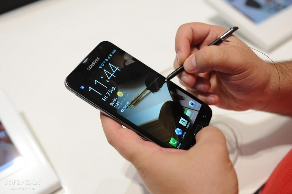 Galaxy Note đã chứng minh Steve Jobs không phải lúc nào cũng đúng - Ảnh 2.