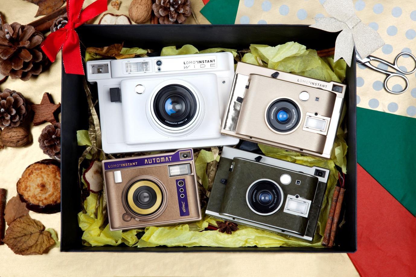 """Trào lưu máy ảnh in liền """"gây sốt"""" trở lại với sự xuất hiện của thương hiệu Lomography - Ảnh 3."""