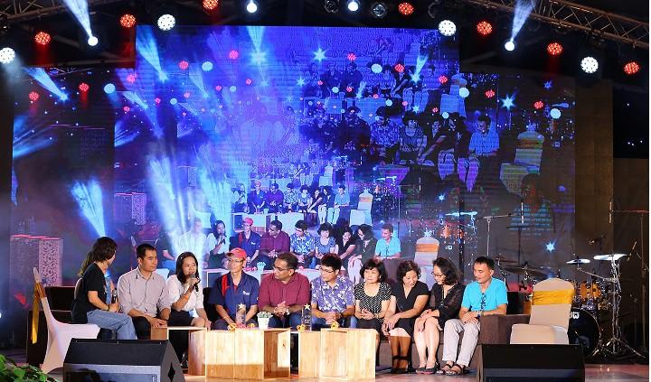 Bùng nổ cùng hơn 2,000 người tham dự đêm nhạc hội kỷ niệm 20 năm FPT Aptech - Ảnh 3.