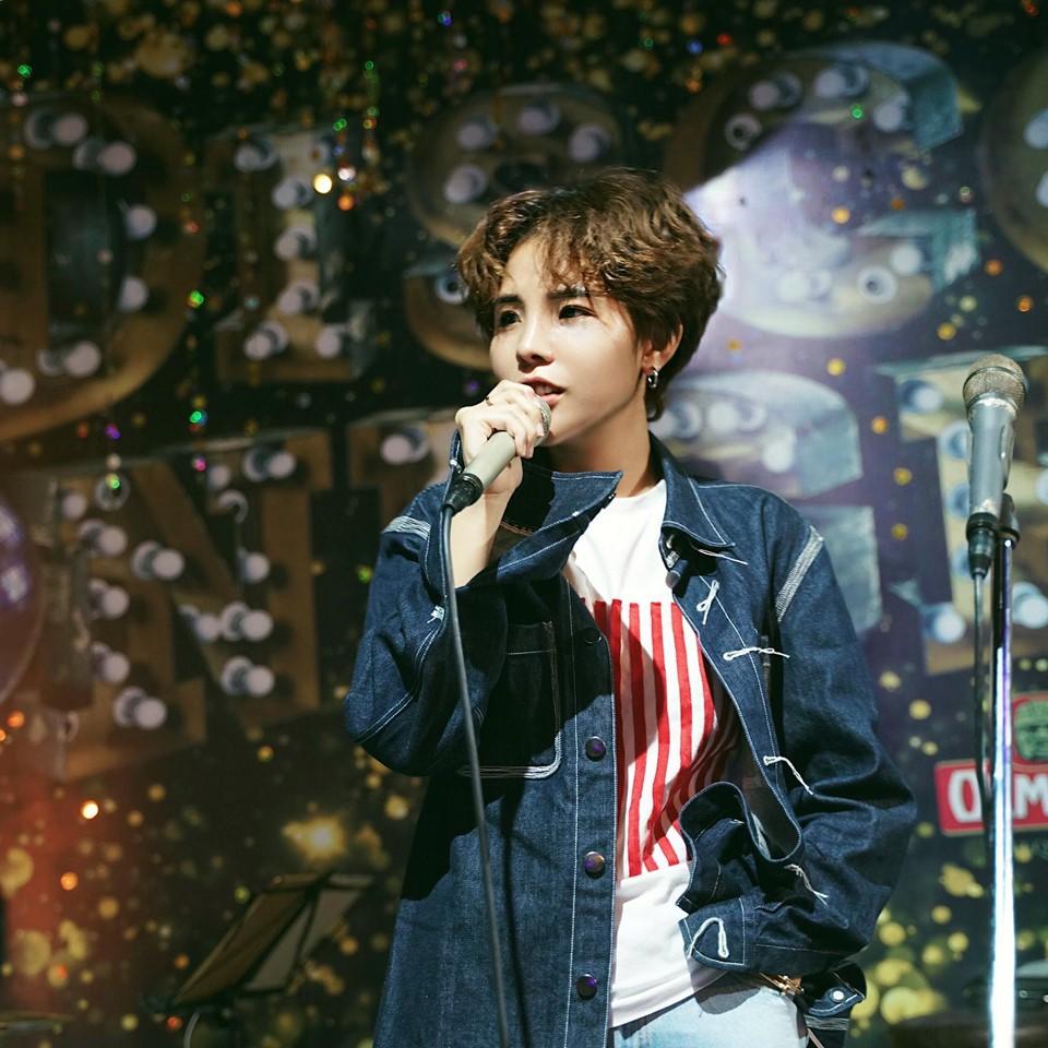 """Lần đầu làm show ở Hà Nội, Vũ Cát Tường khiến người hâm mộ đứng ngồi không yên vì liên tục """"nhá hàng"""" tin hot - Ảnh 2."""