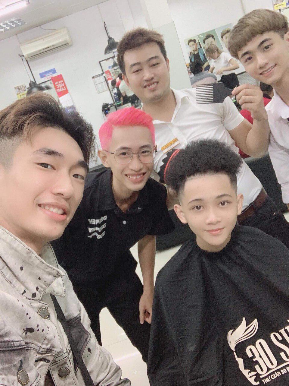 Cận cảnh quá trình tạo ra kiểu đầu Premlock của Văn Thanh đang khiến các fan rần rần trên Facebook - Ảnh 12.