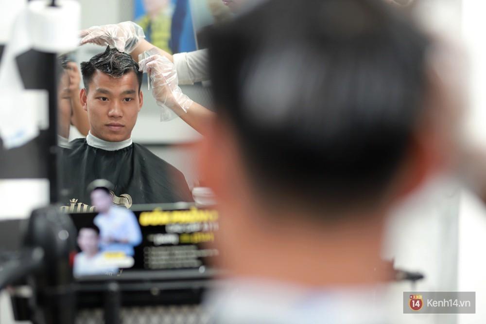 Cận cảnh quá trình tạo ra kiểu đầu Premlock của Văn Thanh đang khiến các fan rần rần trên Facebook - Ảnh 5.
