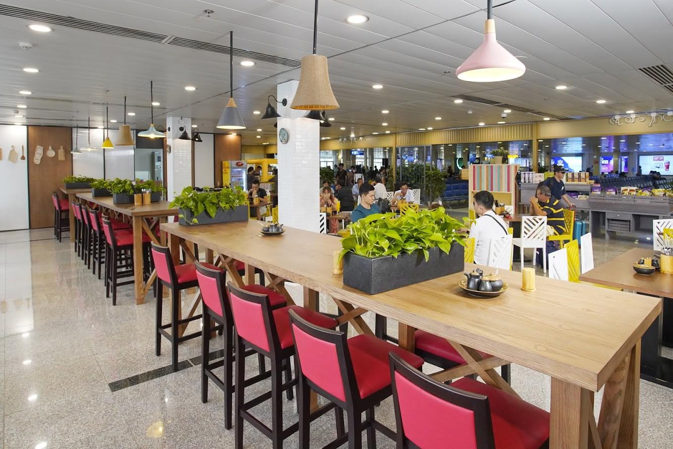 Bật mí Cuisine De Saigon ăn ngon, check-in đẹp tại Tân Sơn Nhất - Ảnh 2.