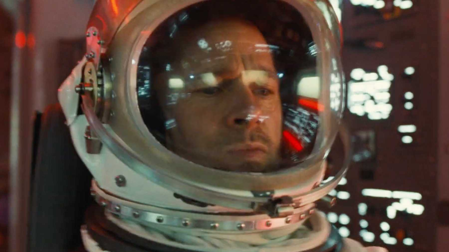 Ad Astra – Rơi nước mắt và nghẹt thở với hành trình tìm cha trong không gian của Brad Pitt - Ảnh 2.