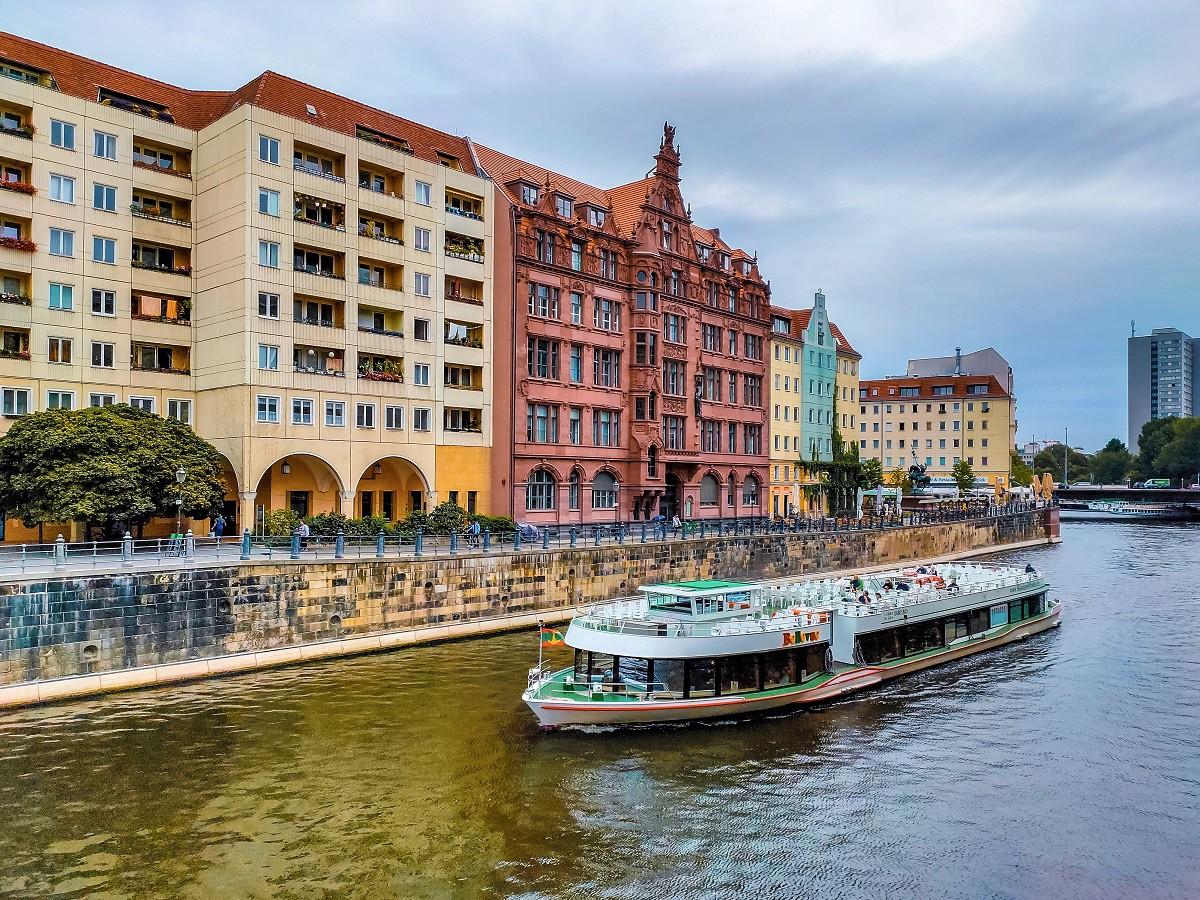 Mùa thu thủ đô Berlin hiện lên đầy rực rỡ qua bốn góc ảnh tuyệt đẹp của OPPO A9 2020 - Ảnh 11.