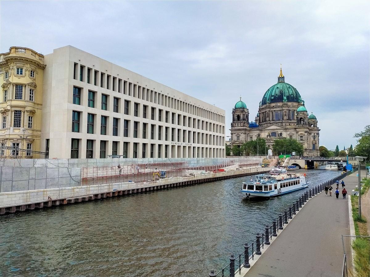Mùa thu thủ đô Berlin hiện lên đầy rực rỡ qua bốn góc ảnh tuyệt đẹp của OPPO A9 2020 - Ảnh 6.