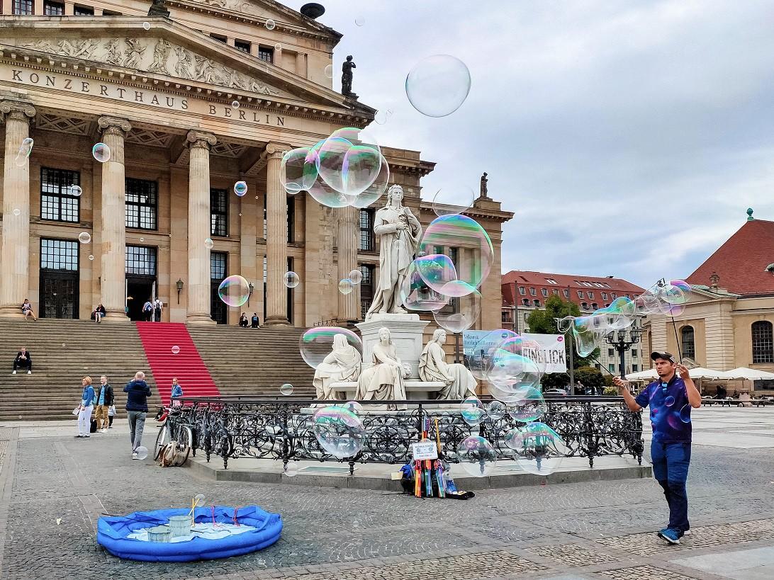 Mùa thu thủ đô Berlin hiện lên đầy rực rỡ qua bốn góc ảnh tuyệt đẹp của OPPO A9 2020 - Ảnh 9.