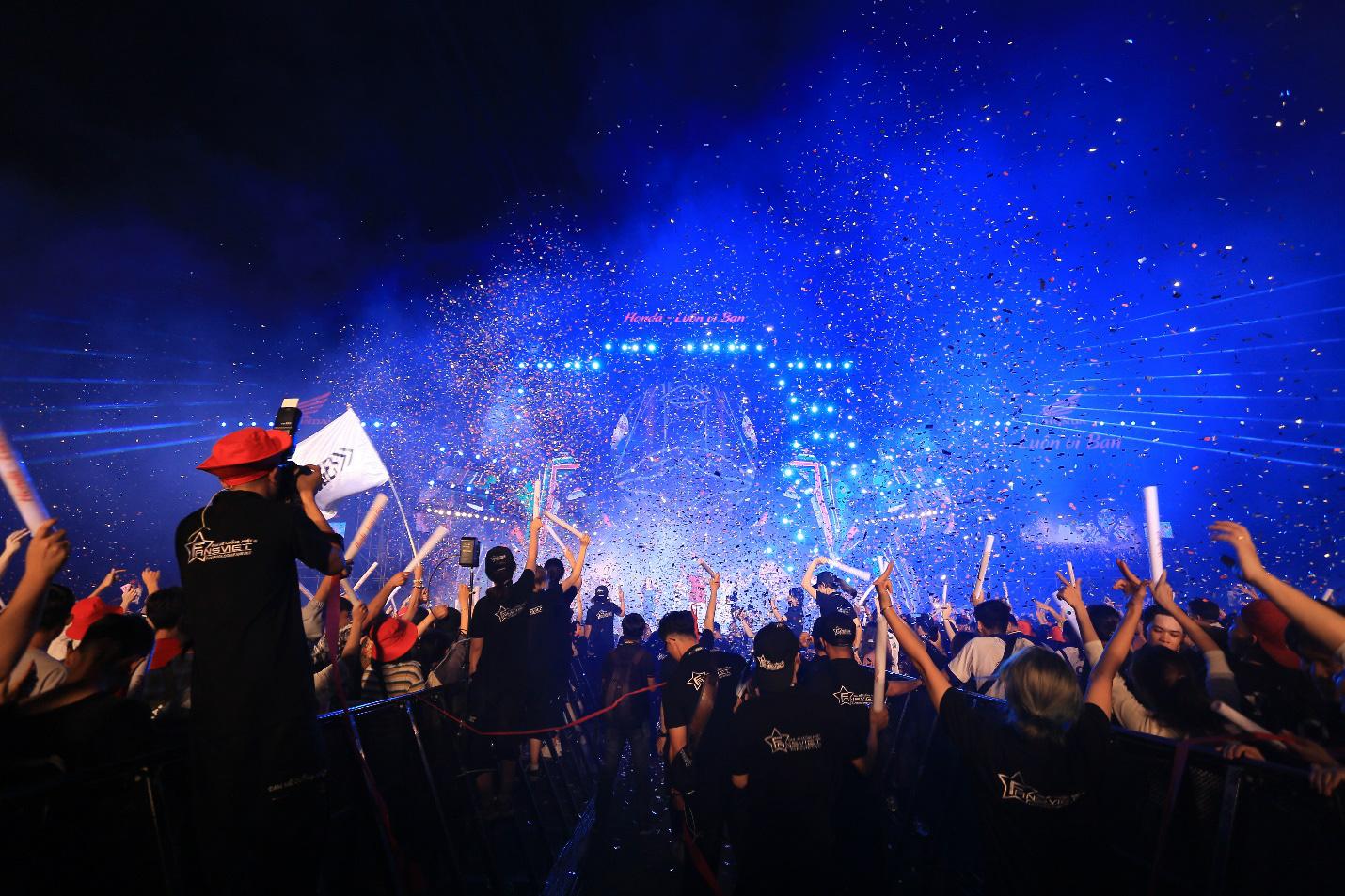 """Cháy hết mình cùng chuỗi sự kiện """"Đại nhạc hội Khinh khí cầu – Honda Luôn vì bạn"""" - Ảnh 3."""