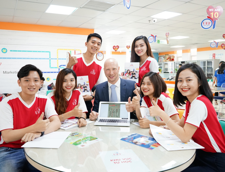 Năm 2020, Đại học Kinh tế - Tài chính TP.HCM tuyển sinh theo 4 phương thức - Ảnh 3.
