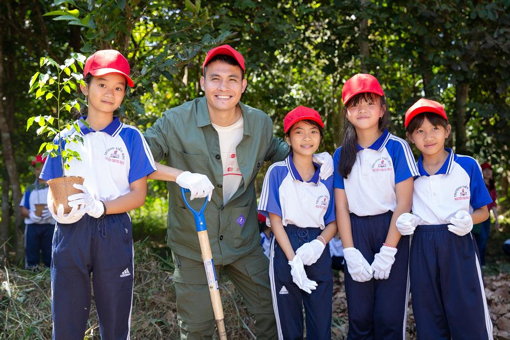 Hành động vì môi trường không còn là xu hướng, nhiều hơn thế là trách nhiệm và sự tử tế với tương lai - Ảnh 1.