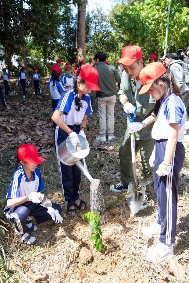 Hành động vì môi trường không còn là xu hướng, nhiều hơn thế là trách nhiệm và sự tử tế với tương lai - Ảnh 3.