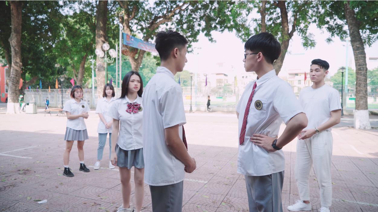 """""""Phù phép"""" Simple Love thành phiên bản đam mỹ, netizen Việt hết lời khen MV cover mới của Linh Ka vì quá đáng yêu - Ảnh 5."""