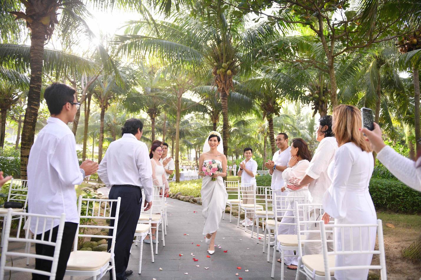 Siêu mẫu Xuân Lan làm đám cưới bí mật tại resort sang trọng hàng đầu thế giới dành cho gia đình - Ảnh 4.