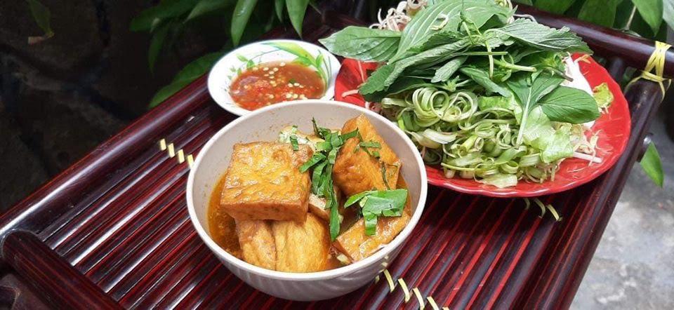 Top 5 nhà hàng mở cửa xuyên Tết ở Sài Gòn - Ảnh 10.