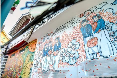 Tết này ghé Dốc Nhà Làng, ngắm hoa đã nở đầy bên thềm và lắng nghe chuyện tháng năm của người Đà Lạt - Ảnh 7.