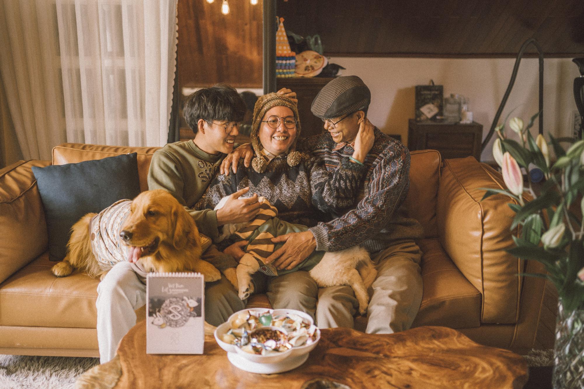 Du lịch cùng nhau, đâu cũng là nhà: Bộ ảnh du xuân Đà Lạt của cặp đôi 25 năm gắn bó cánh đồng đáng yêu đến lạ! - Ảnh 5.