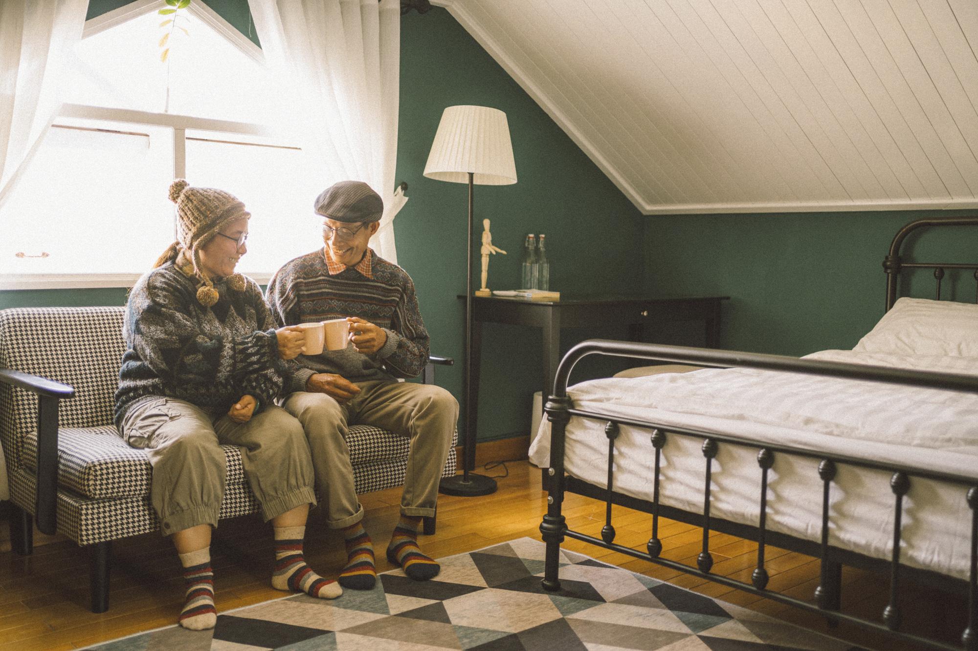 Du lịch cùng nhau, đâu cũng là nhà: Bộ ảnh du xuân Đà Lạt của cặp đôi 25 năm gắn bó cánh đồng đáng yêu đến lạ! - Ảnh 8.