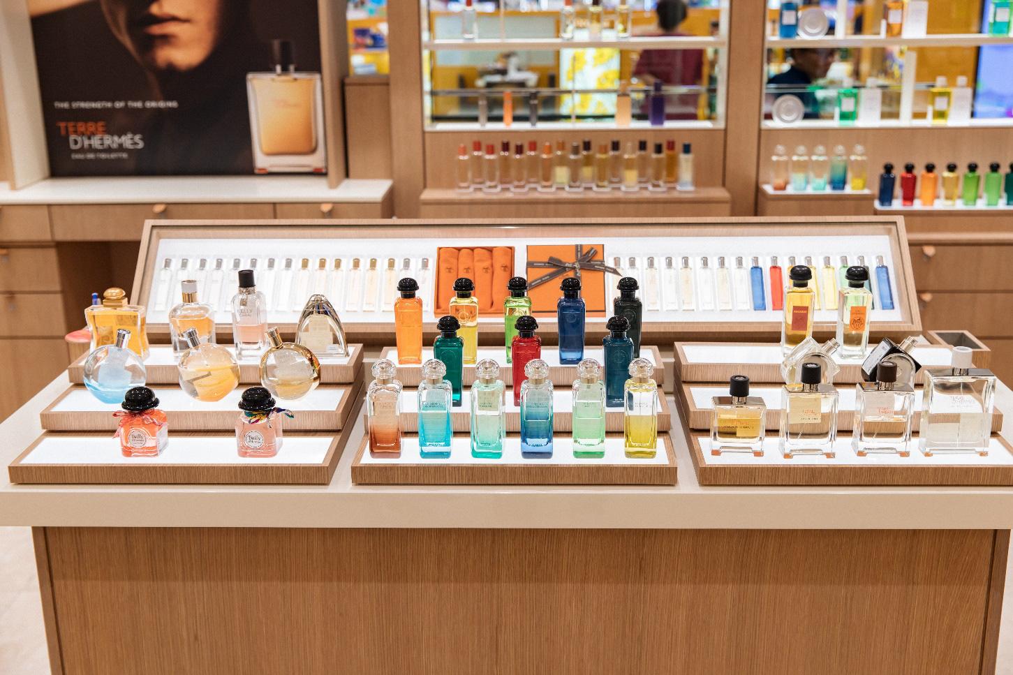 Hermès mở gian hàng mỹ phẩm đầu tiên tại TTTM Takashimaya, Sài Gòn - Ảnh 3.