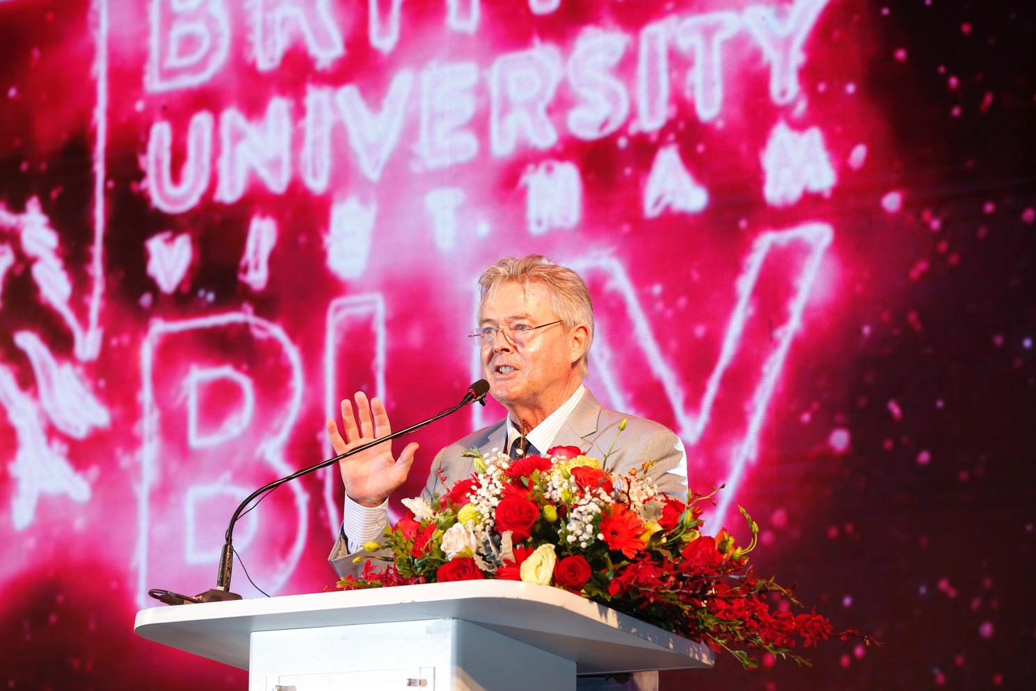 Trường Đại học Anh Quốc Việt Nam kỷ niệm 10 năm thành lập - Ảnh 1.
