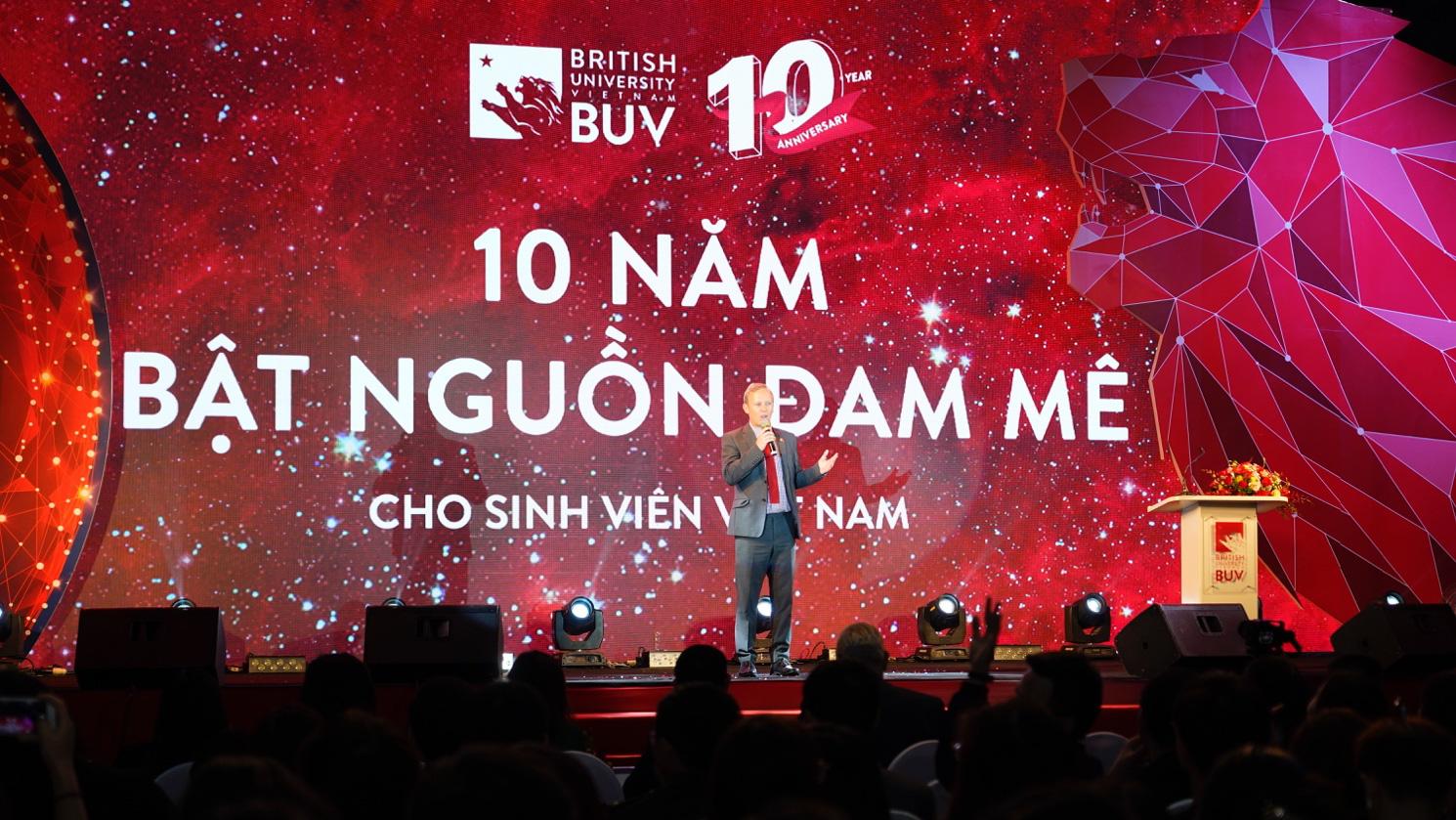 Trường Đại học Anh Quốc Việt Nam kỷ niệm 10 năm thành lập - Ảnh 2.