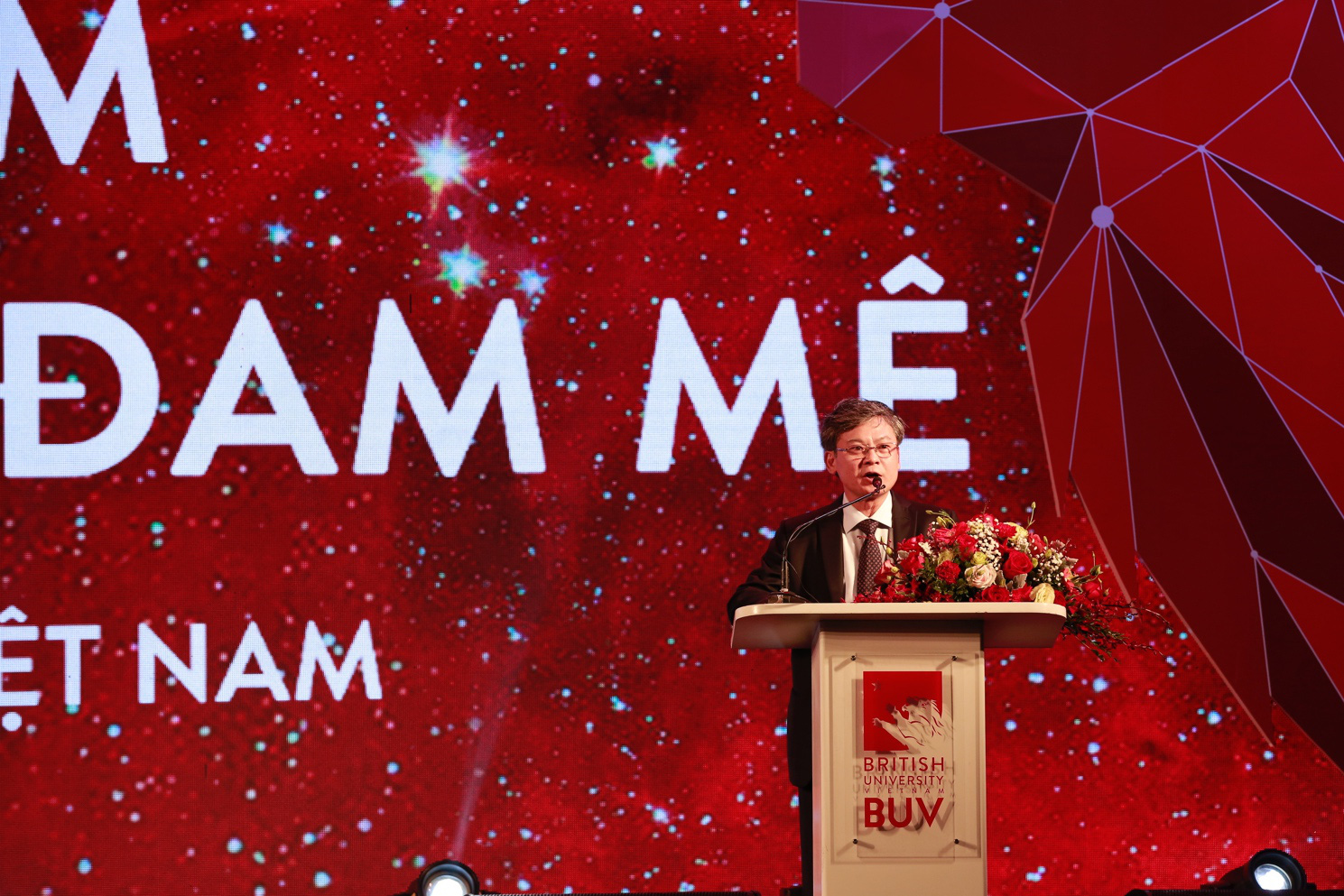 Trường Đại học Anh Quốc Việt Nam kỷ niệm 10 năm thành lập - Ảnh 3.