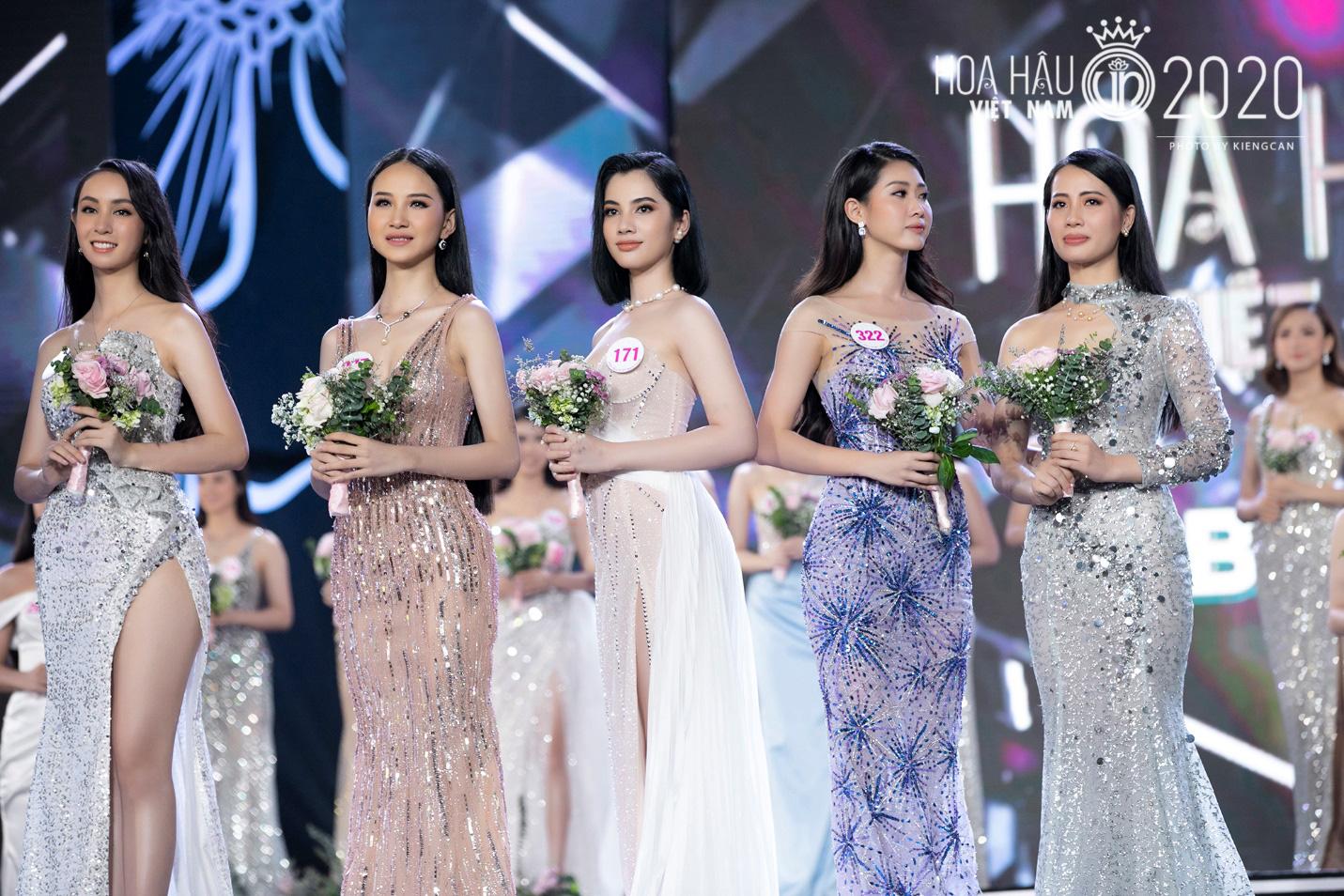 Quyến rũ trong từng đường nét, người đẹp hàng không đi tiếp vào Chung kết Hoa hậu Việt Nam 2020 - Ảnh 3.