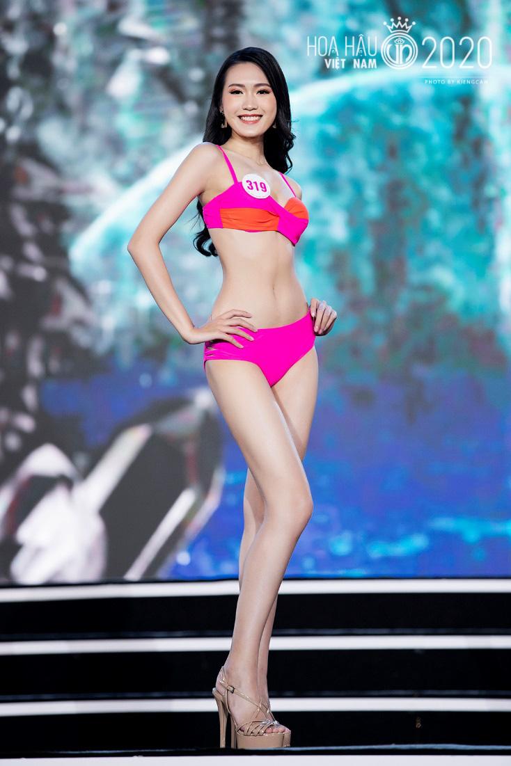 Quyến rũ trong từng đường nét, người đẹp hàng không đi tiếp vào Chung kết Hoa hậu Việt Nam 2020 - Ảnh 5.