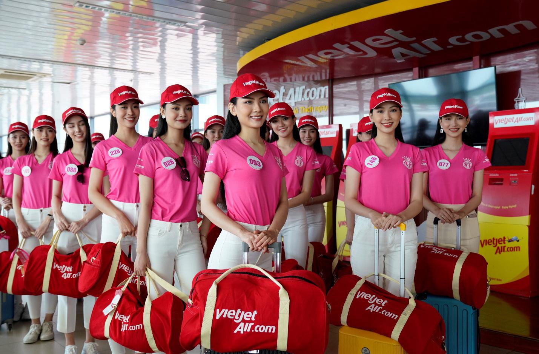 Dàn thí sinh xuất sắc vòng Chung kết Hoa hậu Việt Nam 2020 lên đường thực hiện nhiệm vụ nhân ái - Ảnh 1.