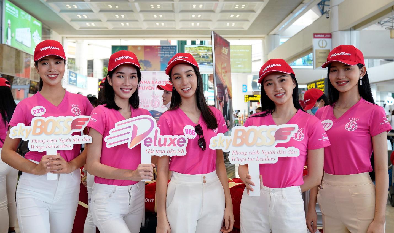 Dàn thí sinh xuất sắc vòng Chung kết Hoa hậu Việt Nam 2020 lên đường thực hiện nhiệm vụ nhân ái - Ảnh 3.