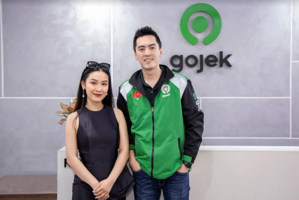 CEO hot boy Phùng Tuấn Đức bắt tay cùng makeup artist Quách Ánh dịp 20.10 - Ảnh 1.