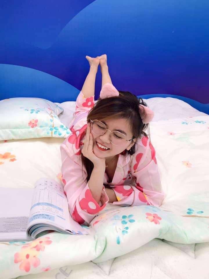 Sếp mặc pijamas sang công ty đối tác, lại xúi cả nhân viên mặc đồ ngủ đi làm - Ảnh 9.