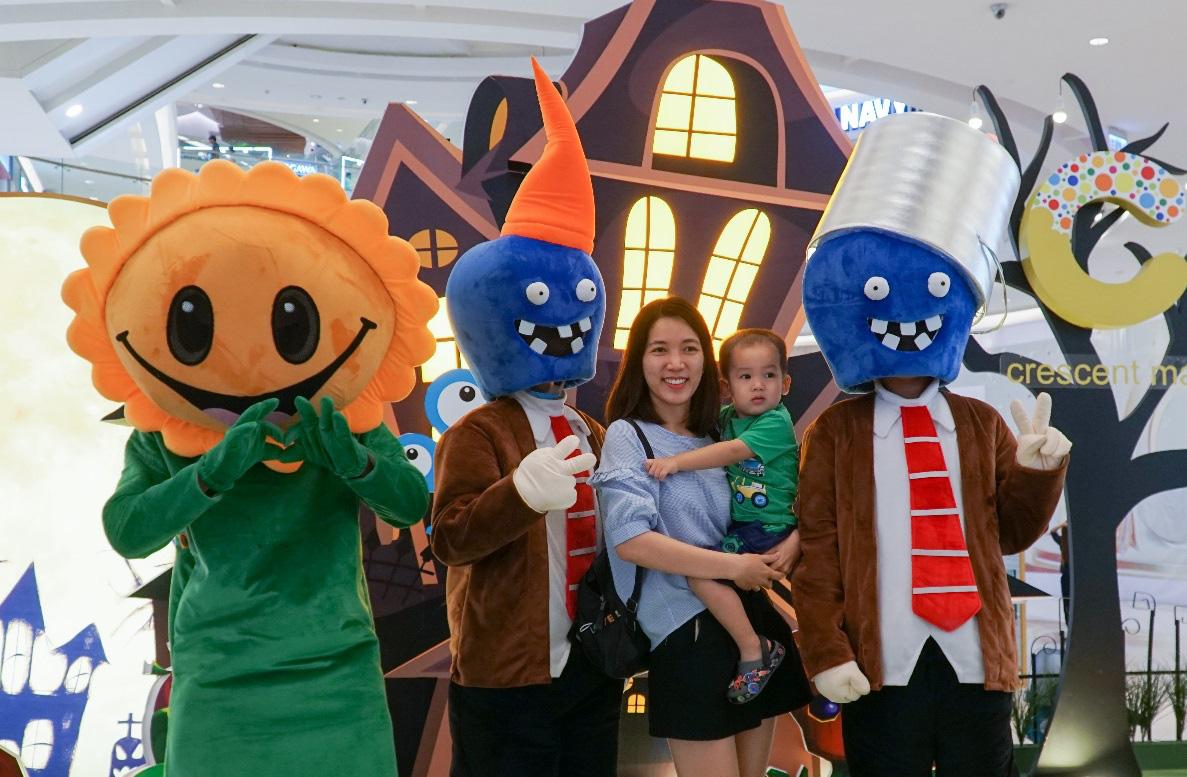 Binh đoàn quái vật cùng so găng mùa Halloween - Tháng 10 này tại Crescent Mall - Ảnh 3.