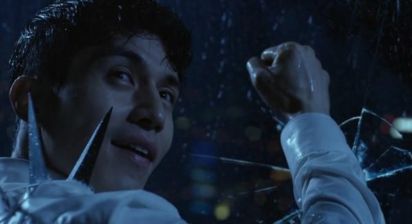 3 vật bất ly thân, nhắc tên là nhớ ngay vai diễn của Lee Dong Wook - Ảnh 4.