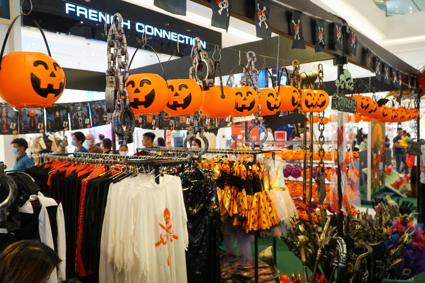 Binh đoàn quái vật cùng so găng mùa Halloween - Tháng 10 này tại Crescent Mall - Ảnh 5.