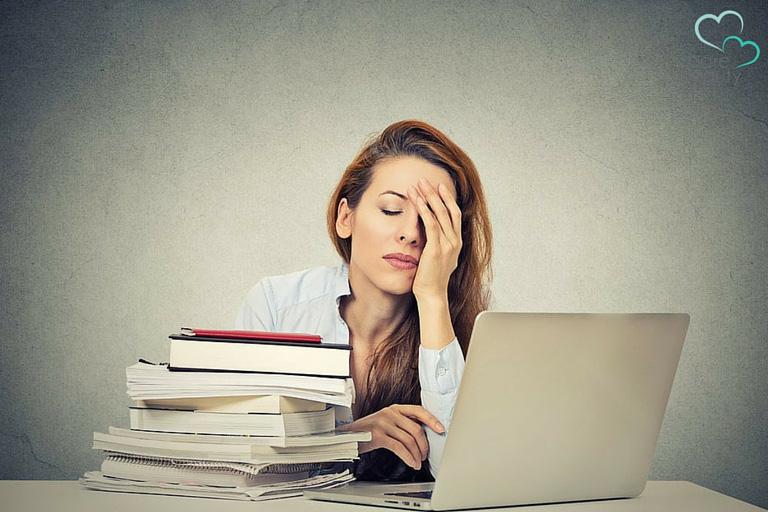 Đâu là vũ khí mạnh mẽ nhất của người phụ nữ để chống lại hậu quả tiêu cực của những rủi ro tình cảm, ví như người thứ ba? - Ảnh 2.