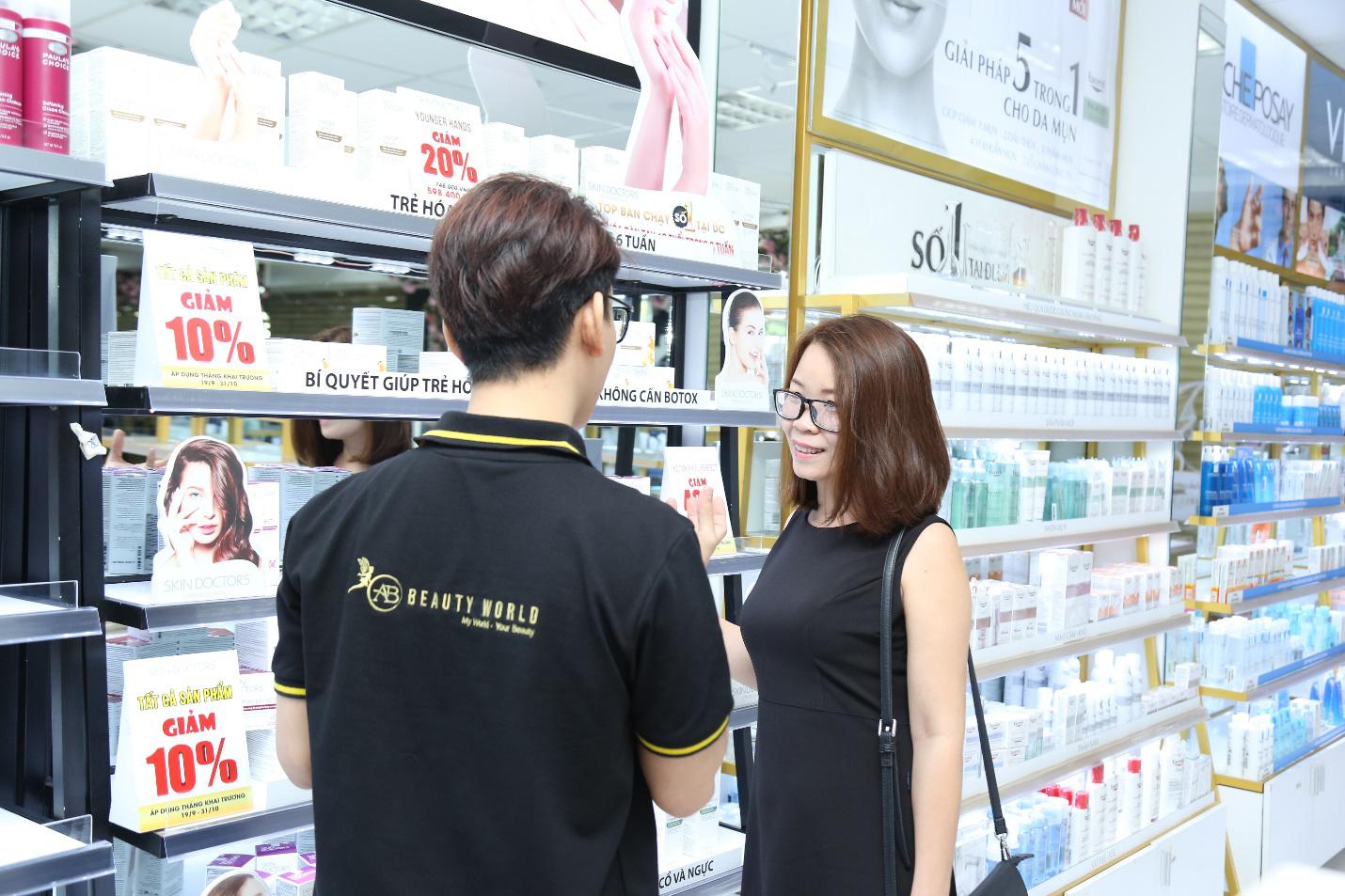 TP.HCM: Cuối tuần sắm mỹ phẩm xịn, nhận quà khủng tại chi nhánh mới của AB Beauty World - Ảnh 3.