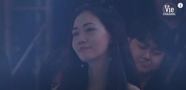 Lộ info cô nàng chiếm spotlight trong màn biểu diễn của GDucky tại Rap Việt - Ảnh 2.
