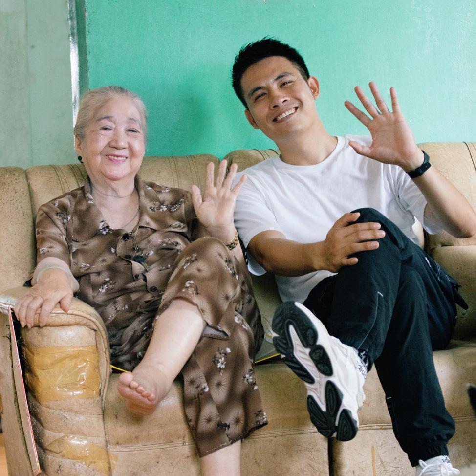 """Theo chân Chan La Cà đến nơi lưu giữ nhiều câu chuyện """"showbiz thời ông bà anh"""" - Ảnh 2."""