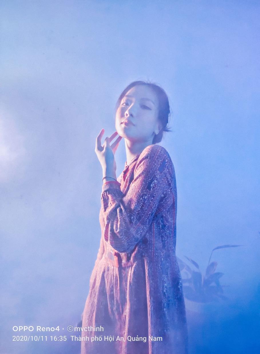 """Tạm gác việc food stylist, YouTuber, #mvcthinh có thêm nghề """"photographer cổ tích"""" với bộ ảnh khói tím mộng mơ hết cỡ - Ảnh 2."""