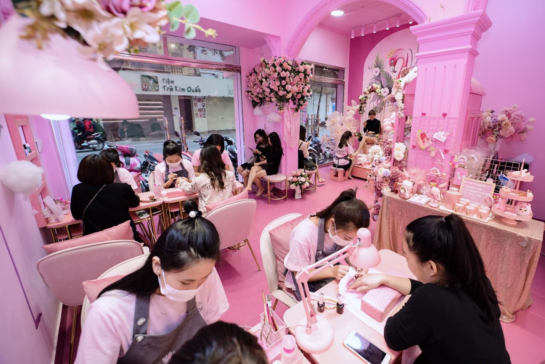 Giới trẻ hào hứng check-in với tiệm nail Hàn Quốc thu nhỏ - Ảnh 1.