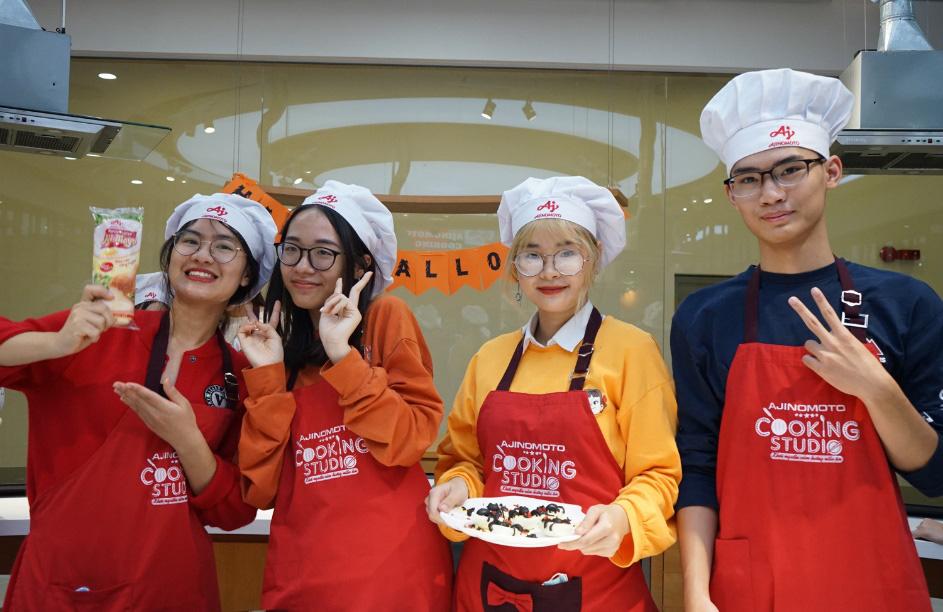 Hào hứng làm bánh mochi con ngươi, trứng nhện chào Halloween - Ảnh 11.
