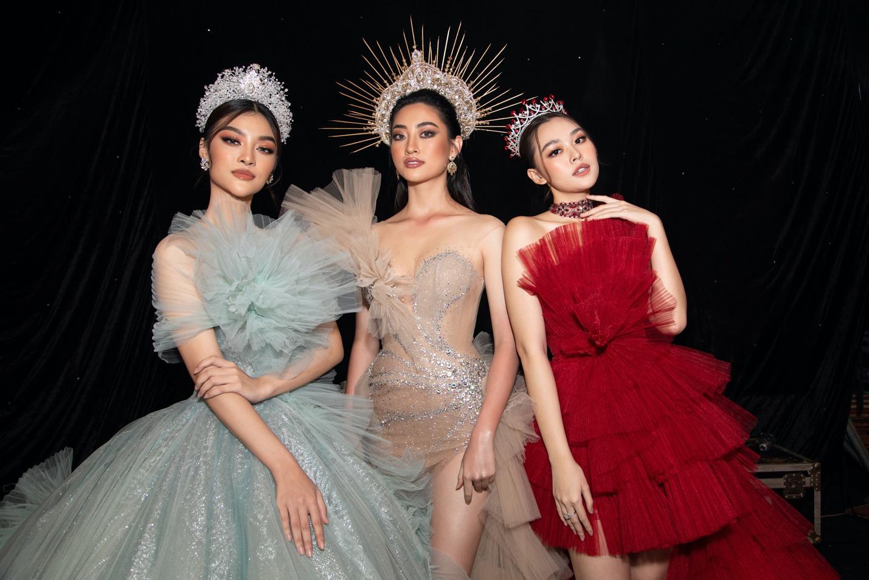 Hoa hậu Lương Thuỳ Linh xuất sắc trong vị trí Vedette Nữ thần mùa hạ - Ảnh 3.