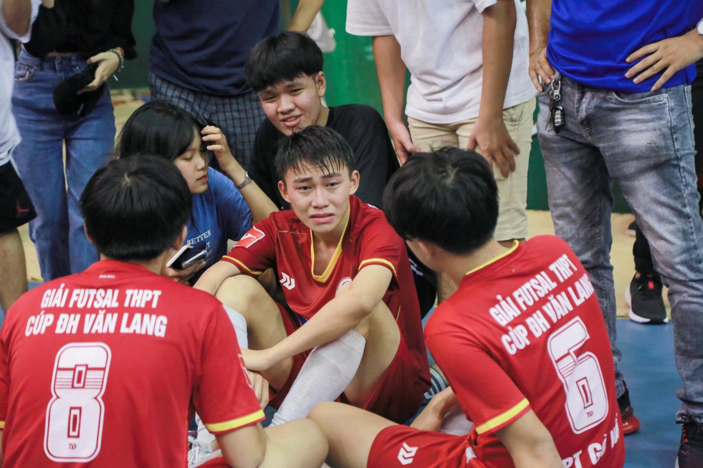 THPT Thanh Đa vô địch Giải Futsal học sinh THPT mở rộng tranh cúp ĐH Văn Lang năm 2020 - Ảnh 3.
